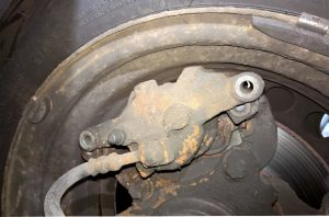 horror-story-brake-caliper-missing-resized